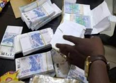 Saisie de 2 milliards en faux billets : six mandats de dépôt